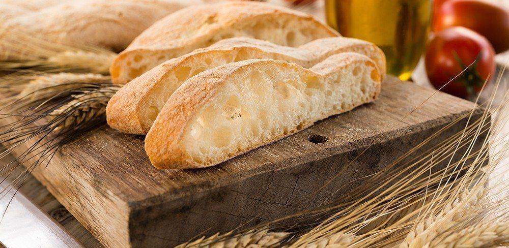 Prodotti - Diversi tipi di pane ...